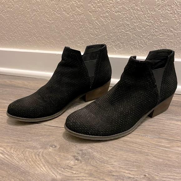 Crown Vintage Bonny Chelsea boots